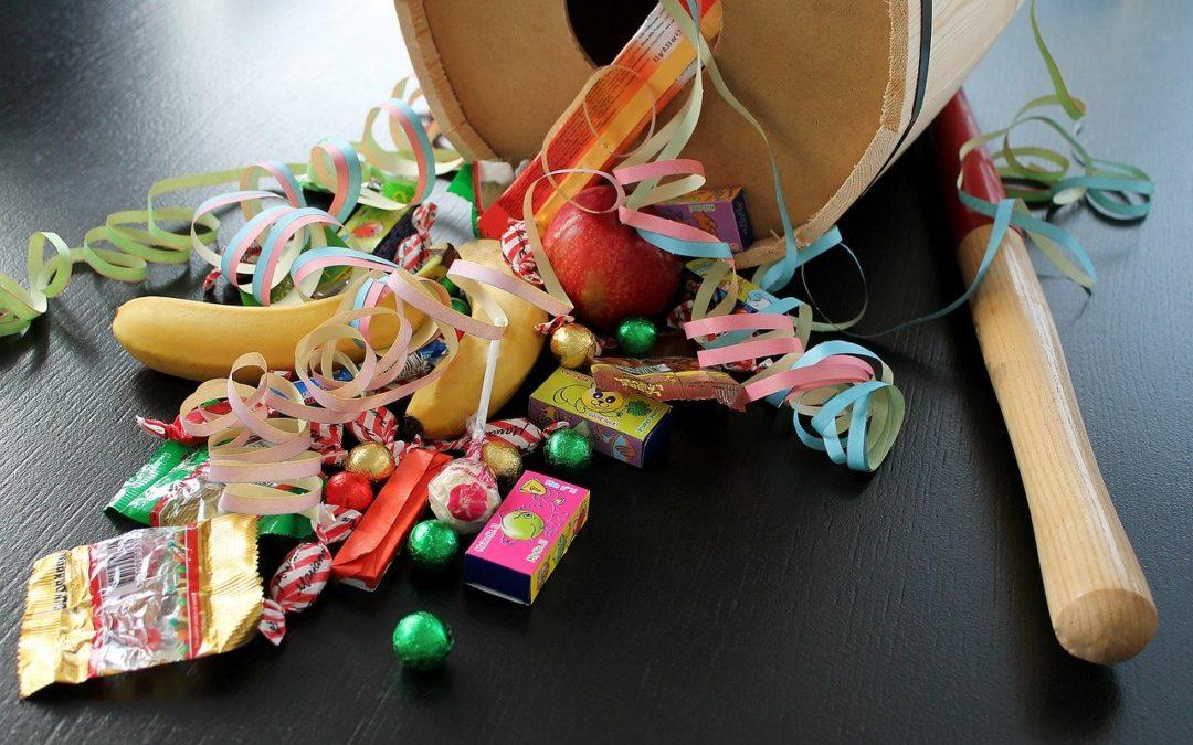 Bæredygtige højtider; genbrugte fastelavnstønder og juletræer