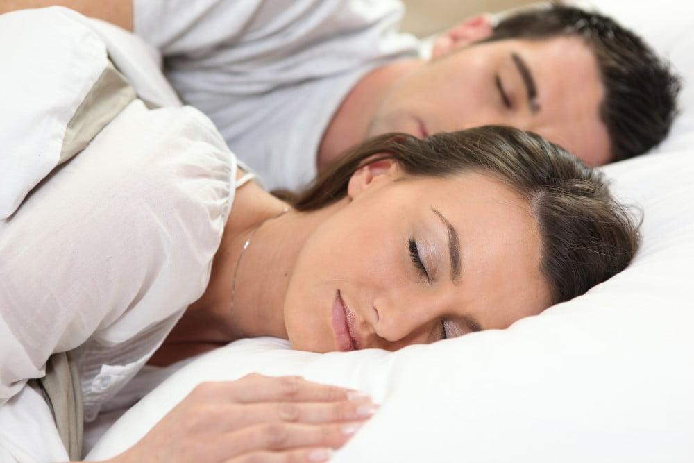 Sådan får du en god temperatur i soveværelset både sommer og vinter