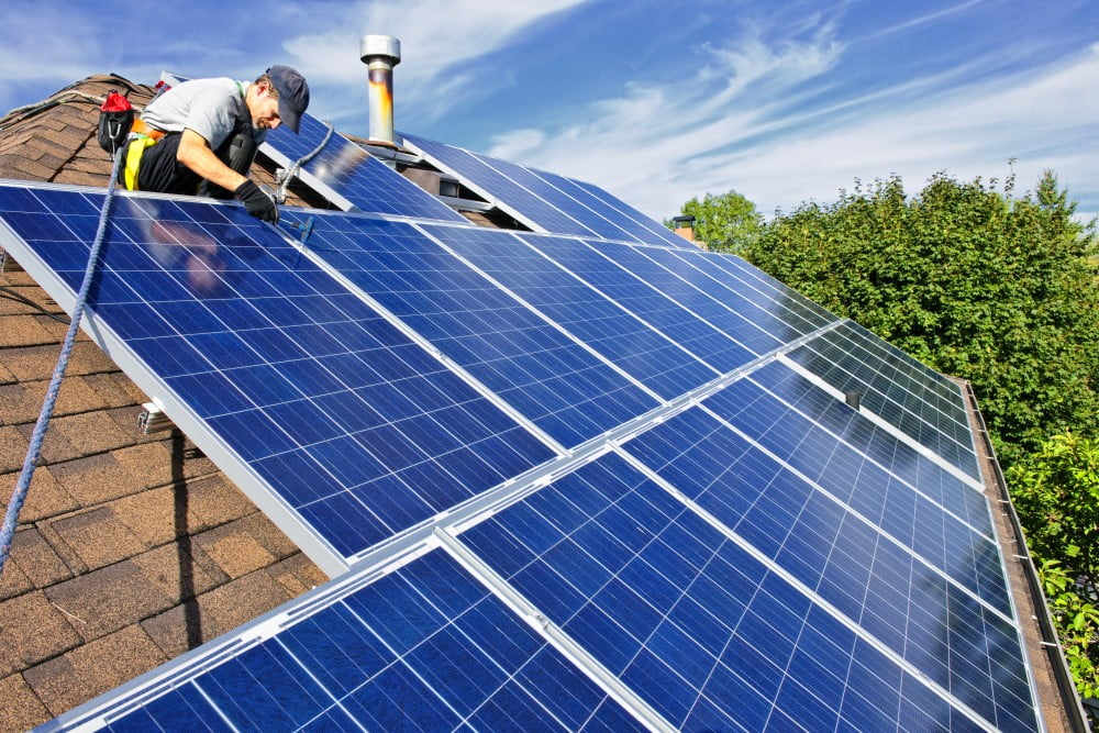 2 grunde til at undersøge, om solcelleenergi er den bedste løsning for private
